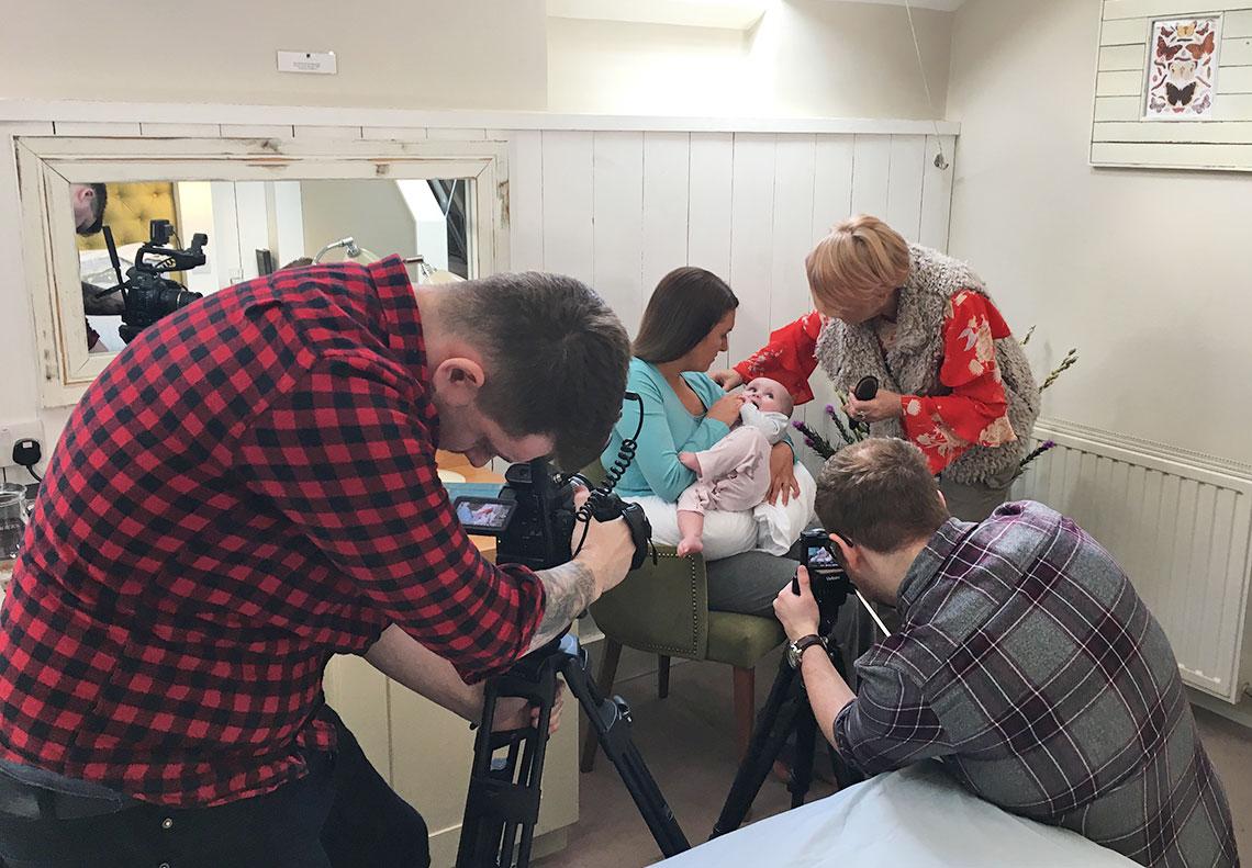 Dreamgenii pregnancy pillow videography